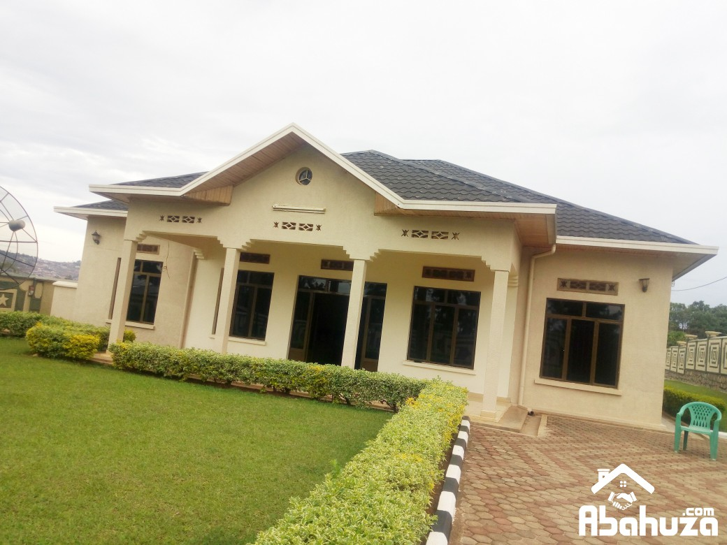 A FURNISHED 6 BEDROOM HOUSE AT NYAKABANDA