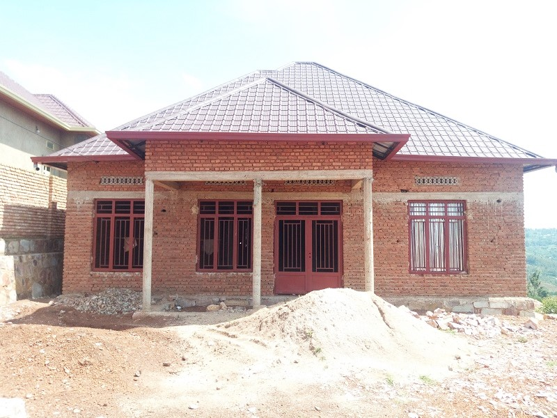A 4 BEDROOM HOUSE FOR SALE IN DEVELOPING AREA