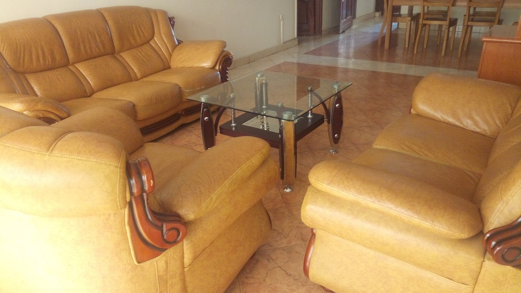 A FURNISHED 3 BEDROOM APARTMENT FOR RENT AT REMERA
