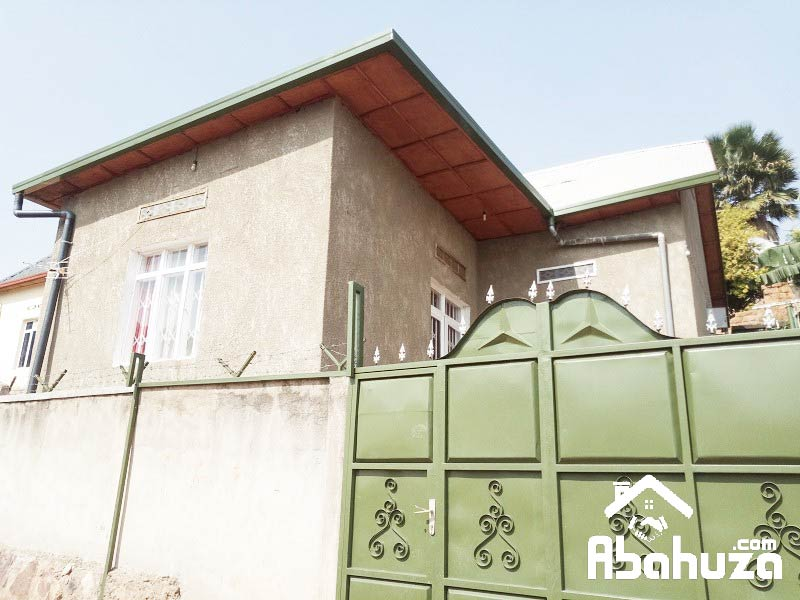 A GOOD PRICE HOUSE FOR SALE AT GIKONDO