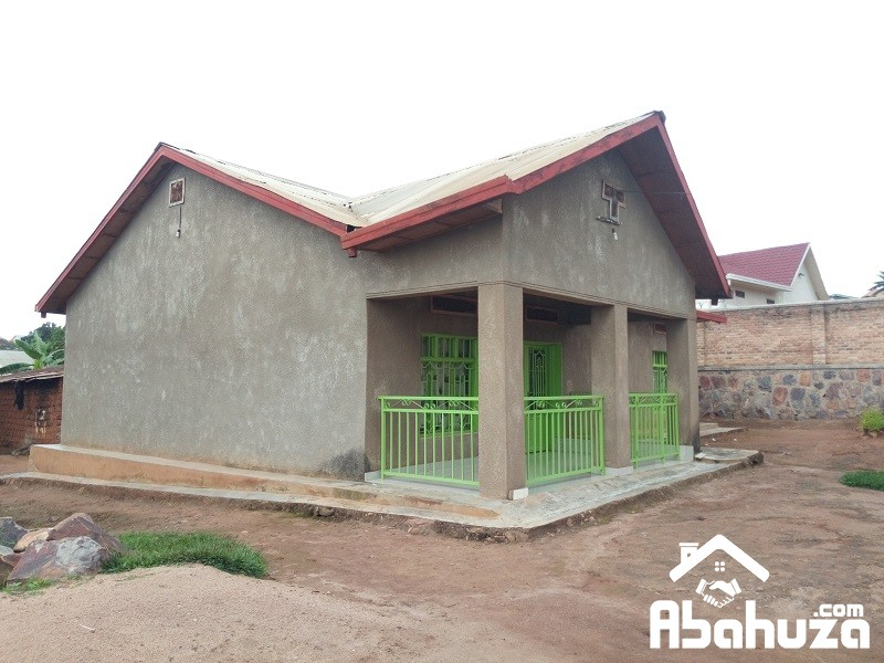 A 5 BEDROOM HOUSE IN BIG COMPOUND NEAR KABUGA TAX PARK