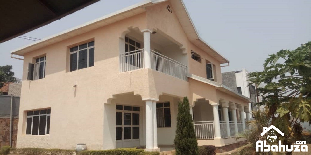 A FURNISHED 4 BEDROOM HOUSE FOR RENT AT REBERO