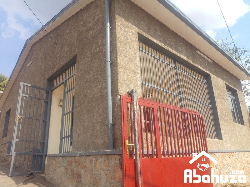 A 3 BEDROOM HOUSE FOR RENT AT KIMIHURURA