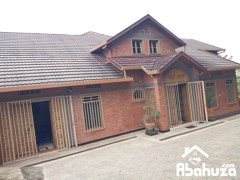 A FURNISHED 7 BEDROOM HOUSE FOR RENT IN KIGALI AT NYARUTARAMA