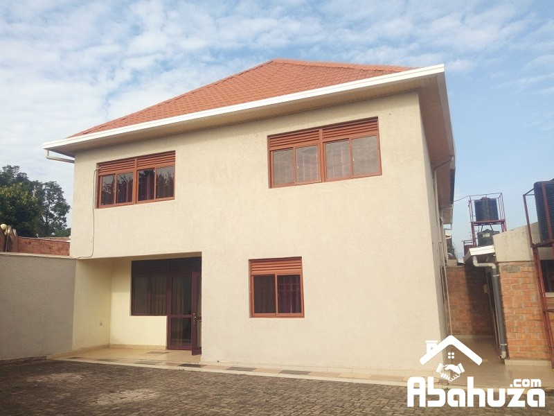 A FURNISHED 3 BEDROOM HOUSE FOR RENT IN KIGALI AT KACYIRU