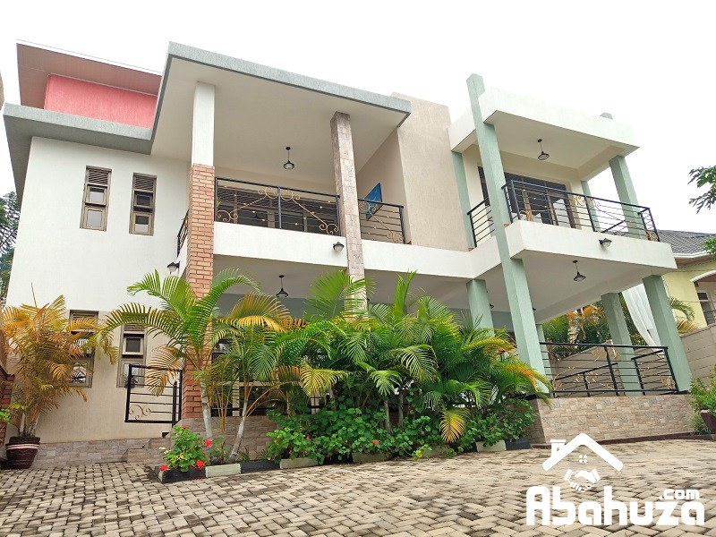 A FURNISHED NEW 4 BEDROOM HOUSE IN KIGALI AT GACURIRO
