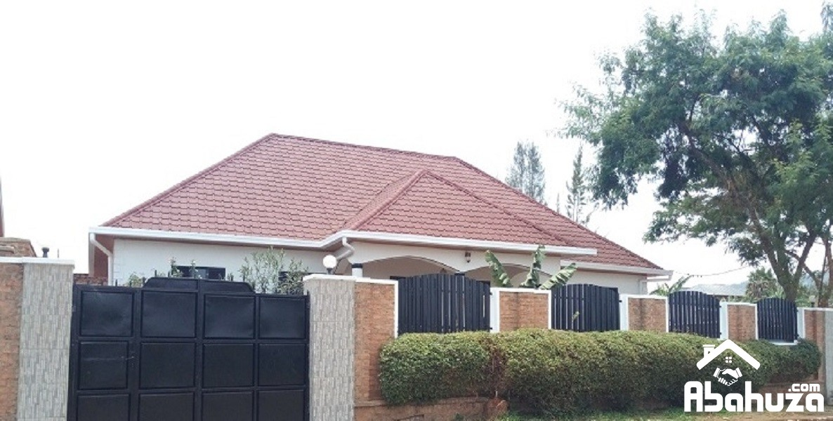 A FURNISHED HOUSE FOR RENT ON ASPHALT ROAD AT GIKONDO