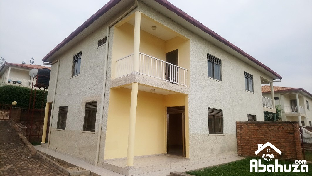 A 5 BEDROOM HOUSE FOR RENT AT NIBOYE