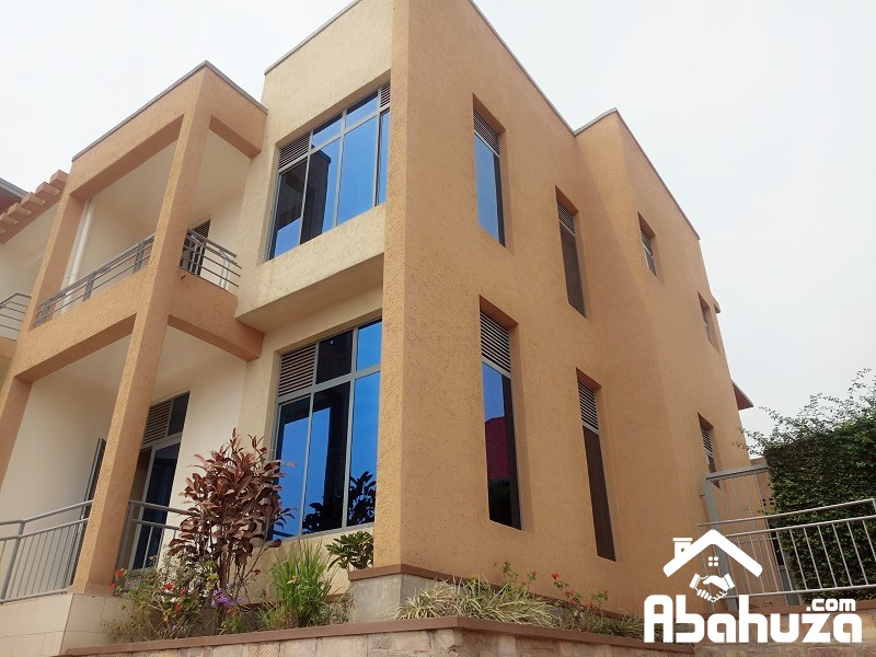 A FURNISHED 4 BEDROOM HOUSE FOR RENT AT KICUKIRO-KAGARAMA