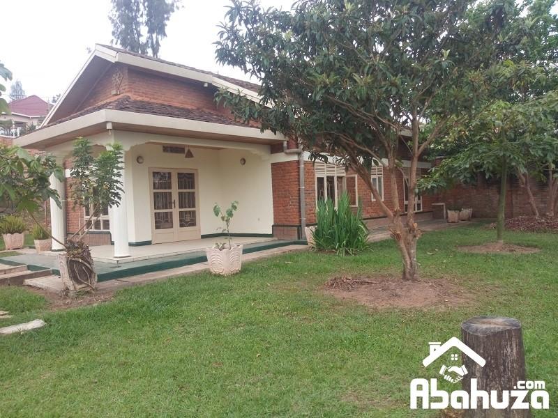 A 3 BEDROOM HOUSE FOR RENT AT KIBAGABAGA ON ASPHALT ROAD