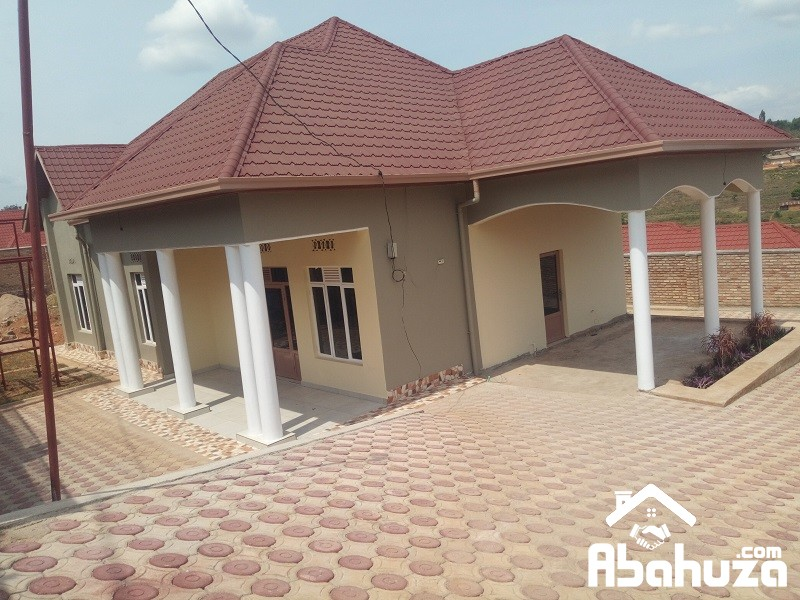 A NEW 4 BEDROOM HOUSE FOR RENT AT KABEZA