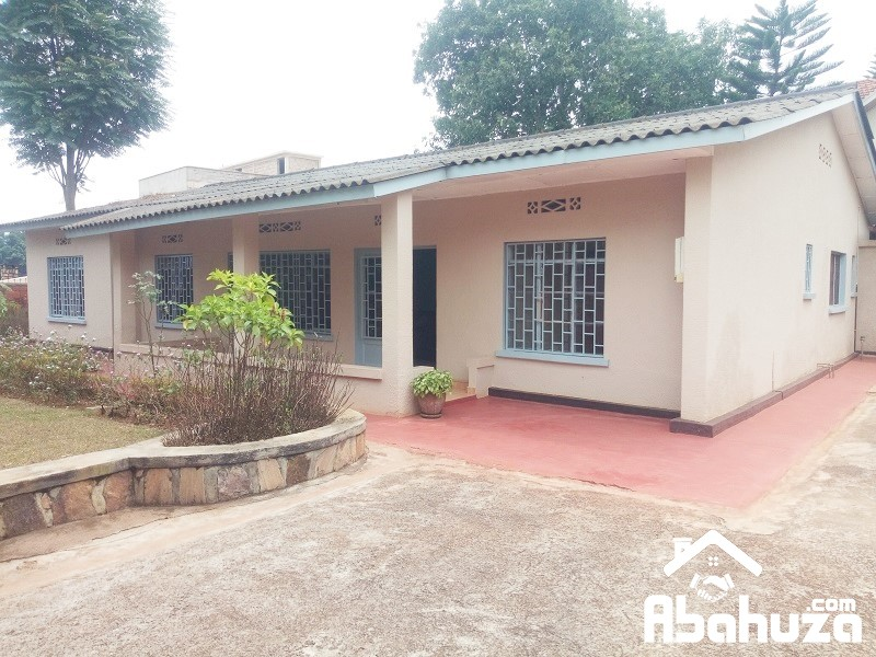 A FURNISHED 4 BEDROOM HOUSE FOR RENT AT KIMIHURURA