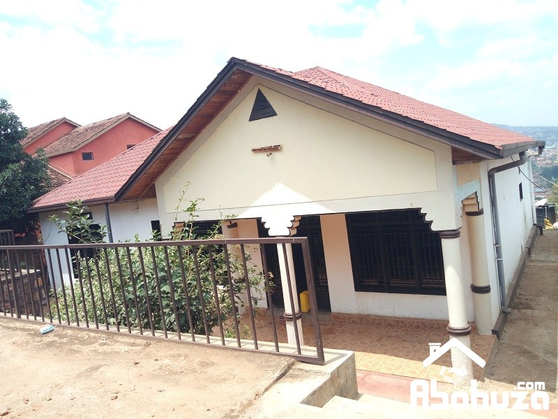 A 4 BEDROOM HOUSE FOR RENT AT GISHUSHU
