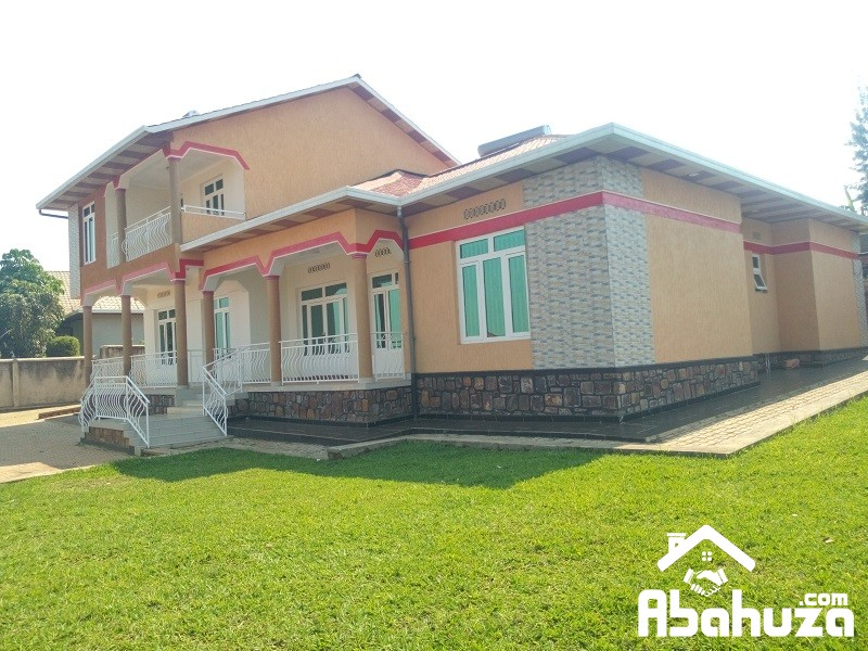 A 8 BEDROOM HOUSE FOR RENT AT KIMIRONKO