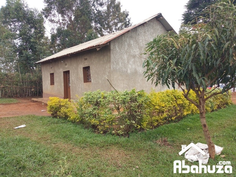 A HOUSE WITH BIG PLOT FOR SALE AT GAHANGA