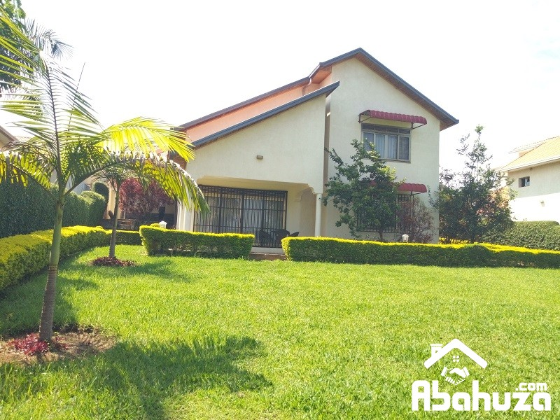 A  FURNISHED 4 BEDROOM HOUSE FOR RENT IN KIGALI AT GACURIRO