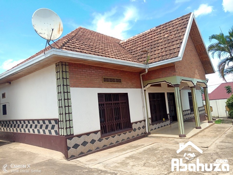 A 3 BEDROOM HOUSE FOR RENT IN KIGALI AT GISOZI