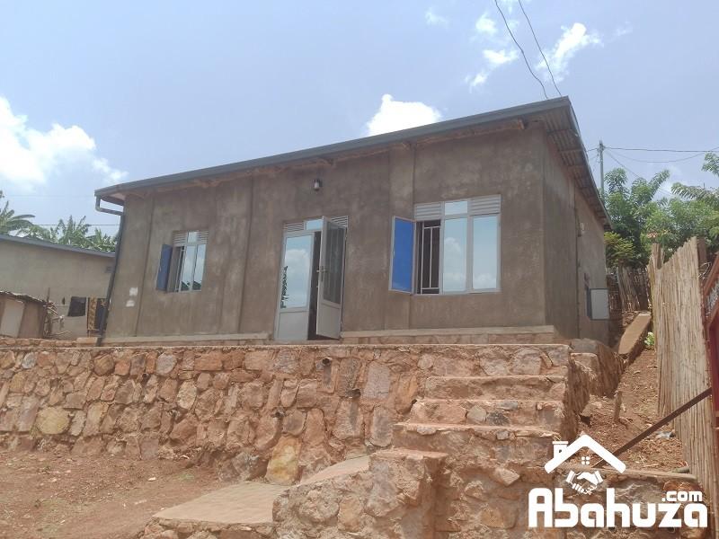 A GOOD PRICE HOUSE FOR SALE AT KAGARAMA-MUYANGE