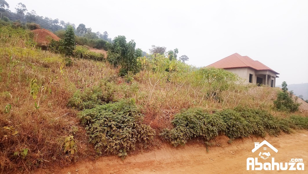 A RESIDENTIAL PLOT OF 1376 SQM FOR SALE AT BIREMBO KINYINYA