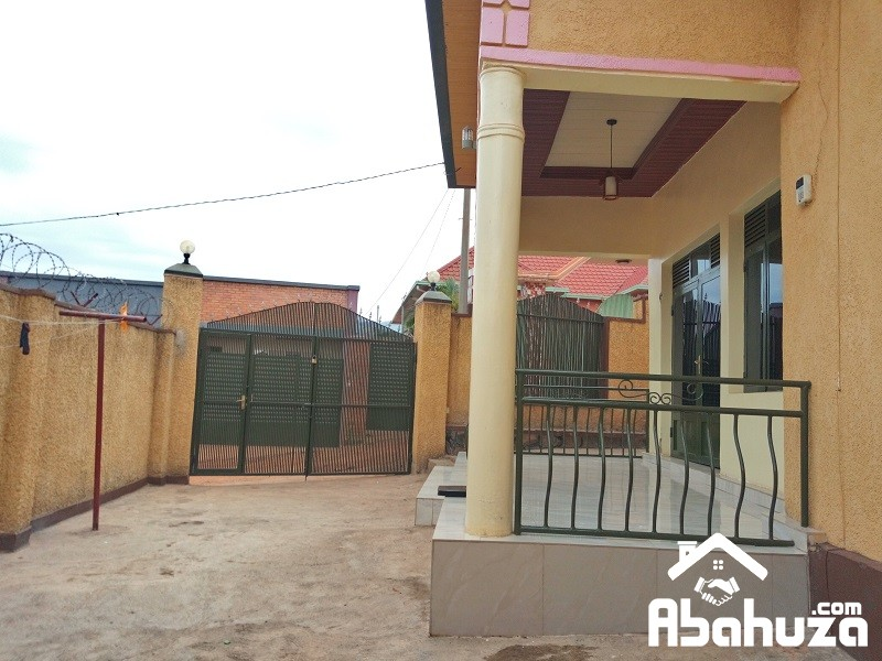 A GOOD HOUSE OF 4 BEDROOMS TO SELL AT GISOZI