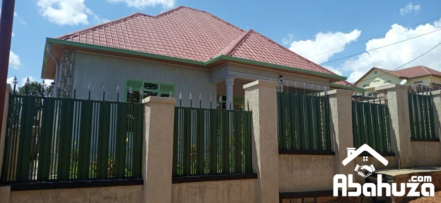 6. Fence