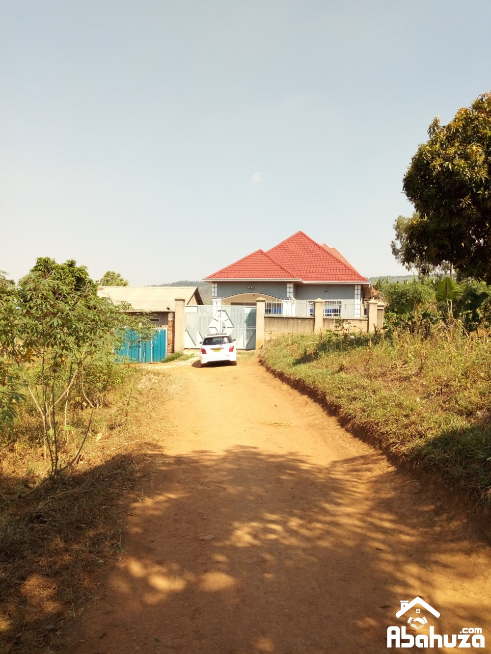A HOUSE WITH GOOD FINISHING FOR SALE AT GISOZI